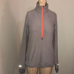 Lululemon 1/2 zip pullover jacket size 4 EUC